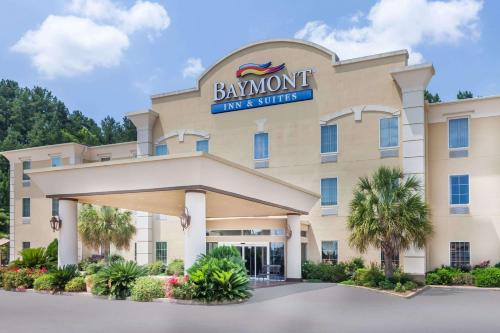 . Baymont by Wyndham Henderson