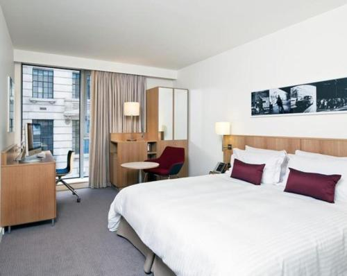DoubleTree by Hilton Hotel London - Tower of London - image 5