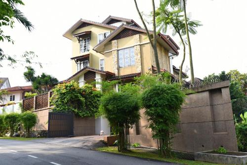 The Second Homestay 1708
