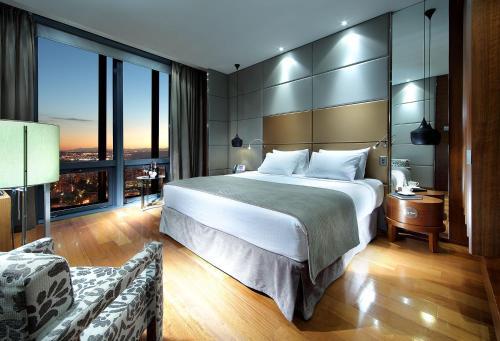 Eurostars Madrid Tower - Hotel - Madrid
