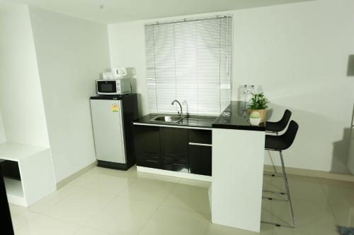 JK Living Hotel and Service Apartment photo 82