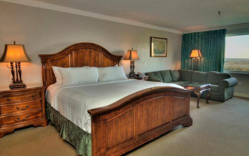 Old Orchard Inn Resort And Spa - Wolfville, NS B4P 2R2
