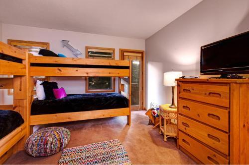 Abode At Ontario Lodge