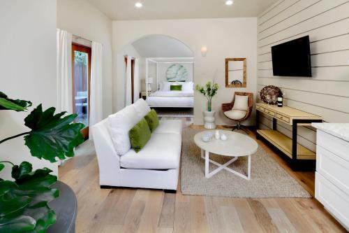 . Rockhouse Suites