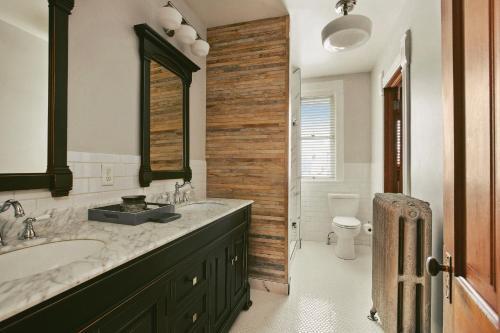 Henry Lee House - Denver, CO 80211