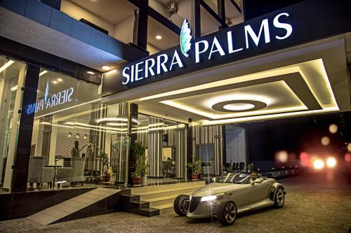 . Sierra Palms Resort