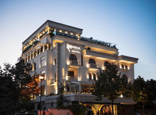 Mondial Hotel