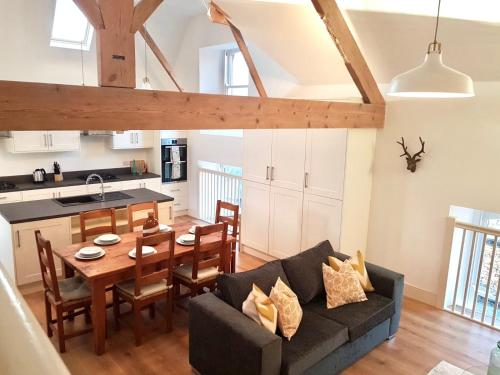 . The Loft, Lake Road Ambleside - SLEEPS 6 UNTIL FURTHER NOTICE