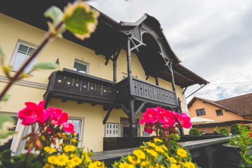 HotelSlovenian House Vida