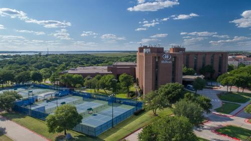 Hilton DFW Lakes Executive Conference Center - Hotel - Grapevine