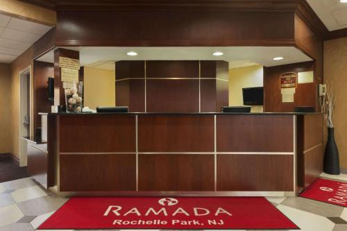 Ramada by Wyndham Rochelle Park Near Paramus - Rochelle Park, NJ NJ 07662