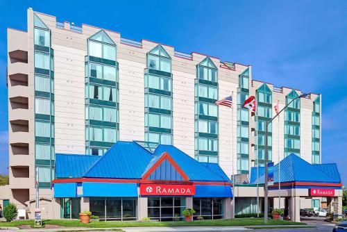 Ramada by Wyndham Niagara Falls/Fallsview Foto principal
