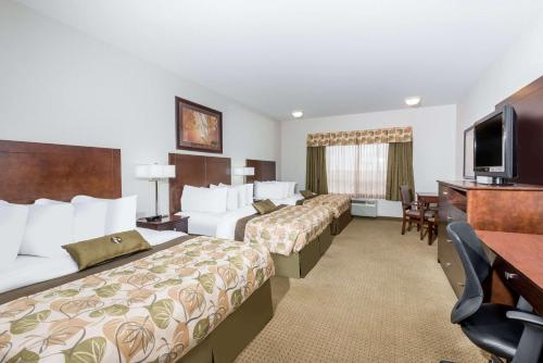 Ramada by Wyndham Olds - Olds, AB T4H  3A2