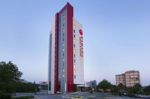 Istanbul Ramada Hotel & Suites Istanbul - Atakoy tek gece fiyat