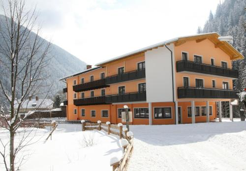 . Hotel Hubertus