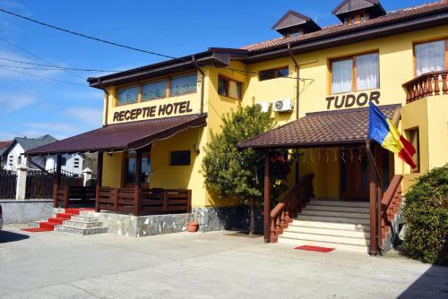 . Hotel Tudor