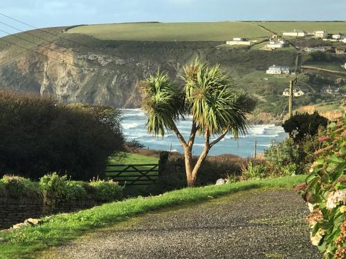 .boskel, Mawgan Porth, Cornwall