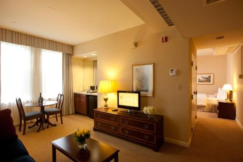 Bolger Hotel And Conference Center - Potomac, MD 20854