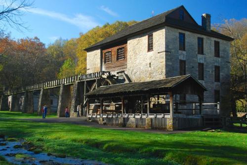 Spring Mill Inn - Tunnelton, IN 47446