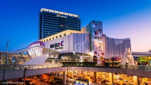Boulevard Hotel Bangkok Sukhumvit photo 19