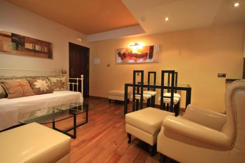 Suite Apartamento de 2 dormitorios con acceso gratuito al spa Casa Baños de la Villa 23