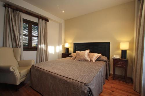 Suite Apartamento de 2 dormitorios con acceso gratuito al spa Casa Baños de la Villa 21