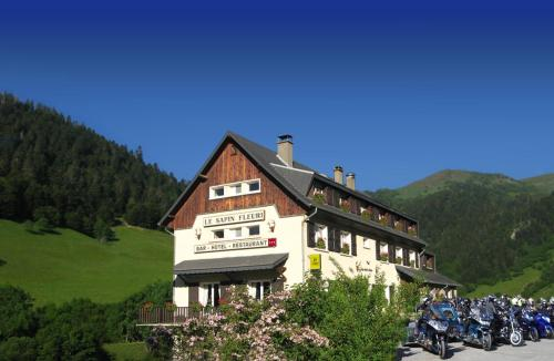 Accommodation in Bourg d'Oueil