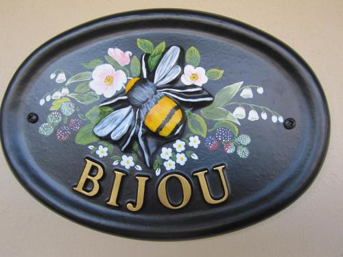 . Bijou