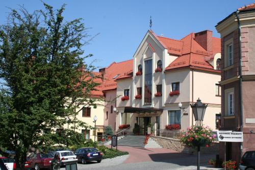 __{offers.Best_flights}__ Hotel Basztowy