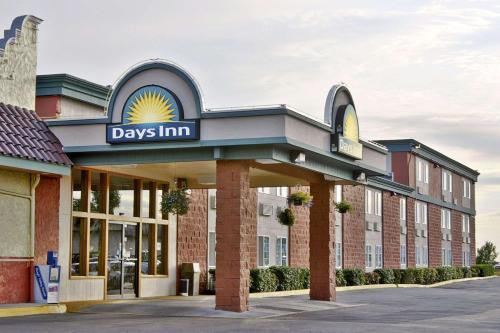 . Days Inn by Wyndham Mt. Vernon