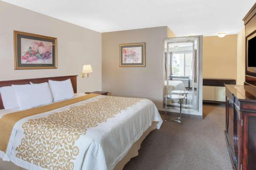 Days Inn by Wyndham Camarillo - Ventura - Camarillo, CA 93010