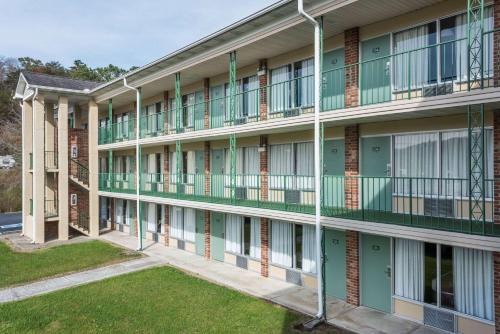 Pet Friendly Vacation Rentals in Jellico Tennessee Usa   PetFriendly