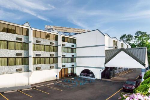 Days Inn by Wyndham Scranton PA - Hotel - Dickson City