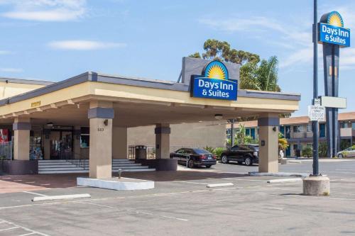 Days Inn by Wyndham San Diego-East/El Cajon