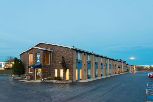 Days Inn by Wyndham Rockford - Rockford, IL IL 61108
