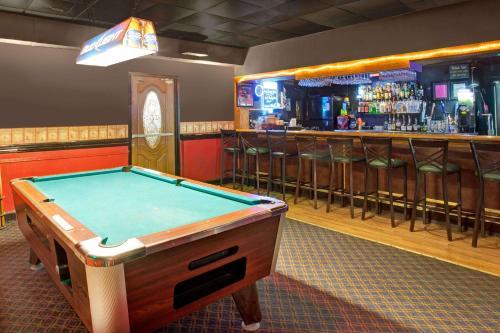 Days Inn By Wyndham Forrest City - Forrest City, AR 72335