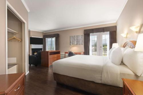 Days Inn by Wyndham Canmore - Canmore, AB T1W 1M8