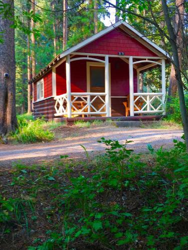 Johnston Canyon Lodge & Bungalows - Banff, AB T1L 1A9