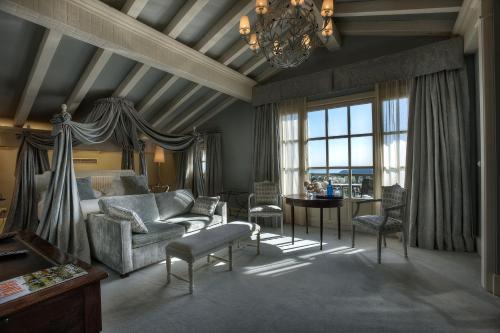 Junior Suite with Sea View Hotel Iturregi 6