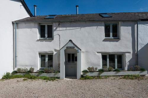 Pilgrim Cottage, Porth, Cornwall