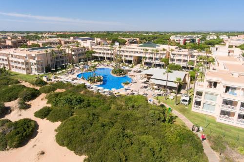 . Hipotels Playa La Barrosa - Adults Only
