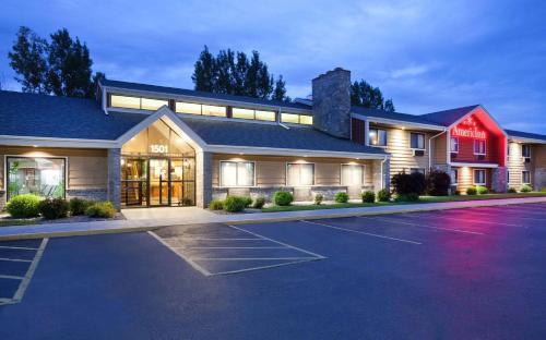 AmericInn by Wyndham Plover Stevens Point - Hotel - Plover