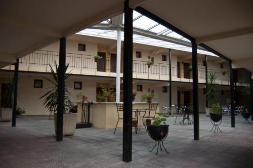 . Hotel Urgaín
