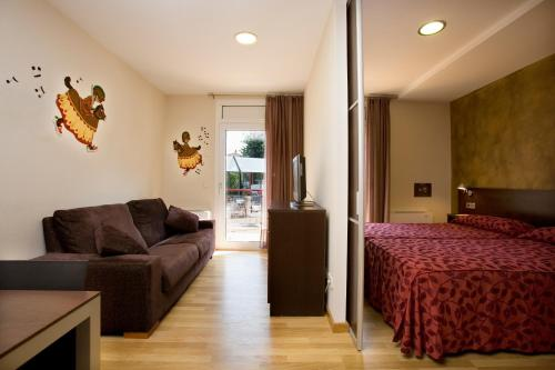 Hotel La Perla d´Olot*** 9