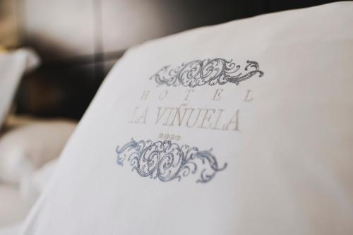 Confort Double Room with Mountain Views (3 Adults) B bou Hotel La Viñuela & Spa 3
