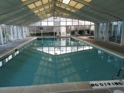 Bay Club Resort