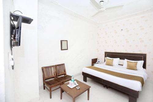 Standard Double Room - Non A/C