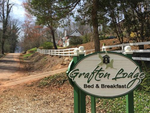 Фото отеля Grafton Lodge