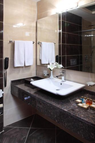 Hotel Senbayrak City कक्ष तस्वीरें