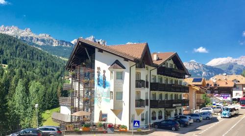 Hotel Fanes Suite & Spa - Moena